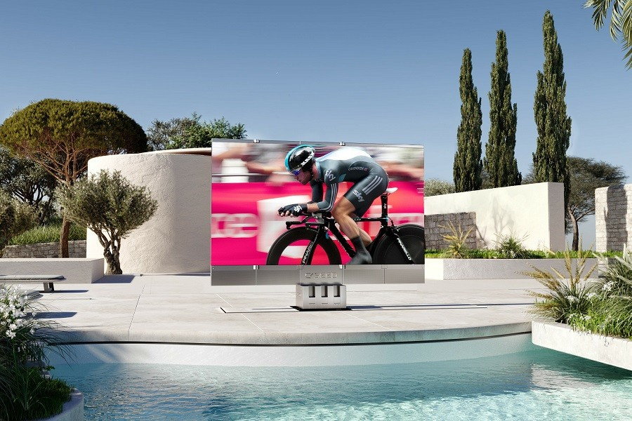 can-t-go-to-the-game-high-end-outdoor-tvs-are-the-solution