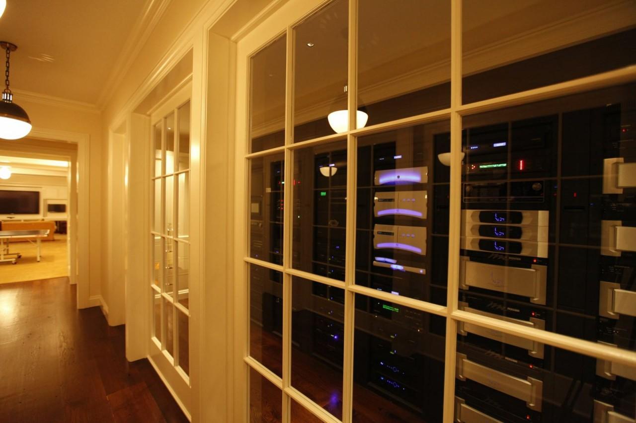 Biggest_Baddes_Tech_Room